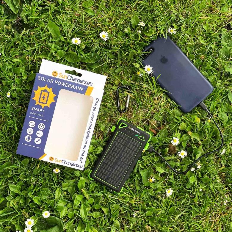 Suncharger Smart 8000 mah solar powerbank 2